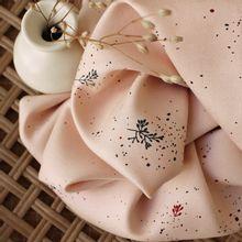 Viscose twill 'Twig Blush' van Atelier Brunette