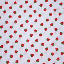 Witte Katoen met aardbeien