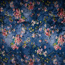 Soepele stretchfluweel met bloemenprint