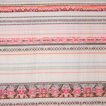 Gewoven stof met strepen uit de collectie van La Maison Victor