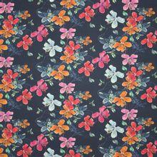 Donkerblauwe tricot met veelkleurige bloemen