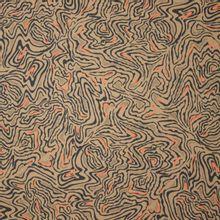 Kaki katoentje met zwart en oranje lijnenspel van 'Fibre Mood'