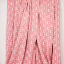 Roze sweaterstof met witte streepjes van 'Poppy'