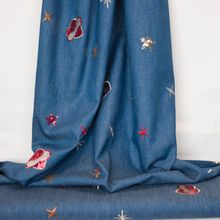 Blauwe jeans met glitter elementen