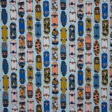 Lichtblauwe tricot met skateboard print  'Cool Skateboard' van Poppy