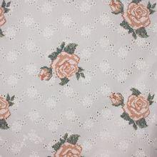 Wit katoentje met geborduurde  rozen en gaatjes van 'Milliblu's'