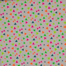 Witte tricot met driehoeken en strikjes in neon