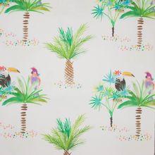 Witte polyester / katoen mengeling met palmbomen, toekans en papegaaien motief