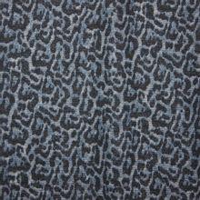Grijsblauw breitje met pantervlekken en zilverdraad