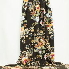 Zwarte Viscose met grote bloemen