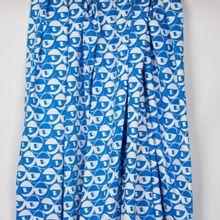 """Rekbare katoen met abstract motief in blauw / wit van """"Burda Style"""""""