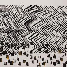 Rekbaar polyester scuba paneel met abstracte bedrukking van 'Milliblu's'
