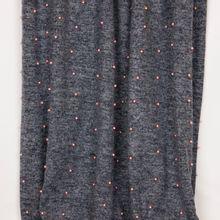 Grijs gemeleerd polyester breitje met roze parels uit 'B- Trendy'