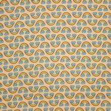 Gele katoen met regenbogen, Rainbow van Eva Mouton