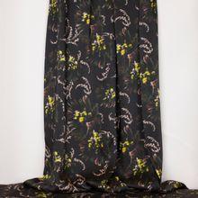Zwarte polyester met abstract bloemenmotief van La Maison Victor