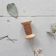 Biais 'dobby chestnut' van Atelier Brunette