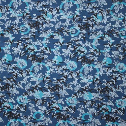 blauwe viscosetricot met bloemen