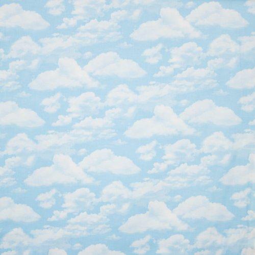 Landschap quilt licht blauwe wolkenlucht