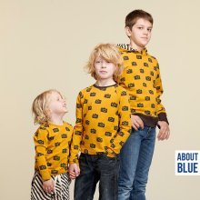 "Okerkleurige French Terry met fototoestel van ""About Blue Fabrics"""